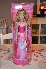 Aurore Singing Doll (MissLilieDolly) Tags: sleeping beauty rose la flora doll singing au evil disney collection aurora daisy belle dolly samson dame miss philippe paquerette briar lilie bois pimprenelle aurore dormant the malfique missliliedolly