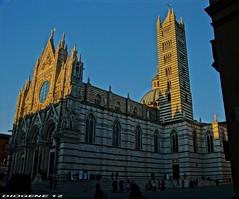 SIENA IL DUOMO TOSCANA ITALY (DIOGENE12) Tags: monument monumento villages medieval borghi