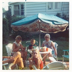 summer bbq (haunted snowfort) Tags: family summer ontario canada grandmother sister mother bbq niagara glen grandparents lincoln cathy oldfamilyphoto grandparentshome eastavenue beamsville patioumbrella