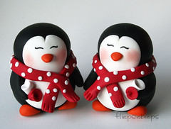 Penguin Cake Topper (fliepsiebieps_) Tags: winter wedding white cute penguin penguins snowman funny couple figurines clay snowmen customized caketopper custom whimsical weddingcaketopper fliepsiebieps