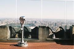 Vue j'avais pas vu. (Delta Johnny) Tags: camera new york nyc film analog canon