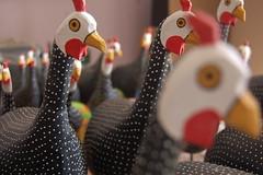 d'angolas (fabriciabarcelos) Tags: galinha artesanato decorao artesanatomineiro s