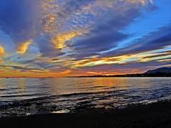 Cuando se oculta el sol (Antonio Chacon) Tags: sunset españa night atardecer spain cloudy andalucia costadelsol puestadesol málaga marbella potd:country=es