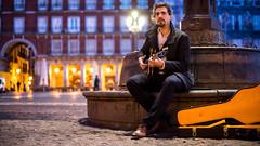 Daniel Prez (fernando garca redondo) Tags: madrid portrait music dawn retrato live jazz amanecer plazamayor msica plazamayordemadrid danielprezdeandrs wwwdanielperezdeandrescom