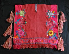 Maya Poncho Chiapas Mexico Weaving (Teyacapan) Tags: mexico clothing maya textiles chiapas poncho zinacantan bordados embroideries gaban weavings jorongo