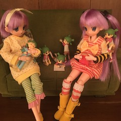 We all want to hear a story! (Ringochan39) Tags: anime doll yotsuba luckystar mamachapp