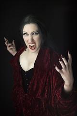 vampire #1 (james_drury) Tags: female costume scary vampire usm canonef2470mmf28liiusm
