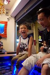 """I dont like it dad!"" (JamieAiken) Tags: thailand kid funny faces bangkok fatherandson asiatique doctorfish garrarufa fishspa"