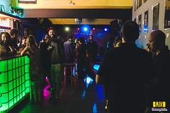 BAIXO (Geometria Fotografia) Tags: amigos aa alternativo amor ano artesanato azul abstrato alfaiataria aixo bandas fantasia dana balada sabotagem carnaval maconha jazz pank rap baile garden anonovo carioca tango rua ch baixo skate paradise cobertura cerveja cernaval cultura moas vibe viaduto festival belo horizonte bh brega b hiphop hbridocc show play musica muito