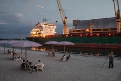Sugar Beach (Roger_Hein) Tags: toronto twilight harbourfront fujifilm redpath greenwing sugarbeach porterairlines wclx100 x100t