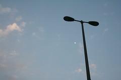 Guest in the Sky (Mayank Austen Soofi) Tags: sky moon lamp delhi walla