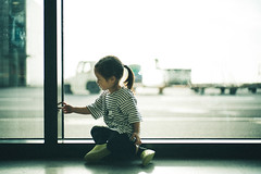 Waiting to Board. (MichelleSimonJadaJana) Tags: color sony ilce7rm2  a7rii a7r ii full frame thirdpartylens manual fullframe voigtlander vme adaptor fe mount leica 50mm f14 summilux m summiluxm asph nex vsco documentary lifestyle snaps snapshot portrait childhood children girl girls kid jada jana china  shanghai