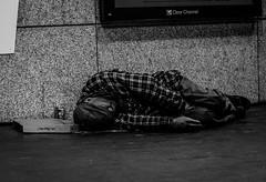 IMG_4228 (Nikan Likan) Tags: street white black paris vintage lens photography japanese prime 1974 aperture 10 homeless mount pizza m42 manual 58mm blades | 2016 28 mamiyasekor 17