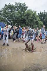 People of Down The Rabbit Hole 2016 (3FM) Tags: music rabbit festival hole muziek regen the 2016 down downtherabbithole 3fm kamiel hole foto 2016 scholten dtrh16 fotokamielscholten