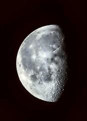 (lemesrafaela) Tags: sky moon beautiful night nikon cu lua vsco vscocam