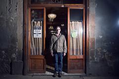 Con un pi dentro y uno fuera (laororo) Tags: barcelona bar modernismo marsella circuitoabierto