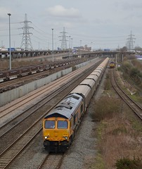 66746 at Washwood Heath. 17.04.13 (Joseph 81) Tags: train trains freighttrain biomass class66 gbrf 66746