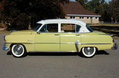 1954 Plymouth Belvedere 4-Door Sedan (Hipo 50's Maniac) Tags: door sedan 4 plymouth 1954 belvedere 4door