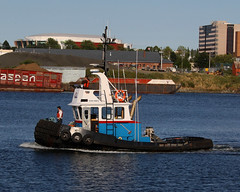 Storm Rider ~ Victoria's Upper Harbour (Chris City) Tags: harbour victoria tugboat tug