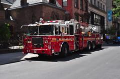 FDNY Tower Ladder 12 (Triborough) Tags: nyc newyorkcity ny newyork manhattan firetruck midtown fireengine ladder fdny seagrave newyorkcounty towerladder newyorkcityfiredepartment ladder12 towerladder12
