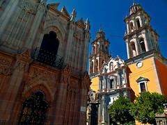 Porque Siempre Iglesias? (Don Csar) Tags: church corner mexico edificio iglesia esquina zacatecas jerez builing
