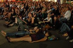 "Publikum beim Abschlussfilm • <a style=""font-size:0.8em;"" href=""http://www.flickr.com/photos/39658218@N03/9334812020/"" target=""_blank"">View on Flickr</a>"