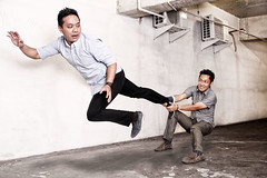 MO KEMANA LOE ! (raw photoworks) Tags: raw levitation photoworks levitasi