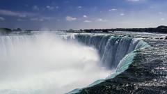 Niagara Falls (Nacho Urcia) Tags: blue sunset sky naturaleza lake ontario canada nature water clouds america lago freedom agua niagara falls september septiembre cataratas environment mirador