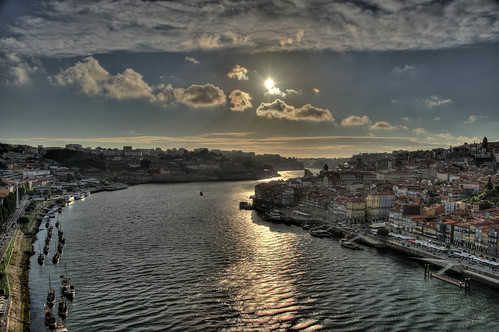 "Porto • <a style=""font-size:0.8em;"" href=""http://www.flickr.com/photos/22550935@N03/10513886063/"" target=""_blank"">View on Flickr</a>"