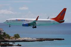 2013-10-17-003FD C-GOFW (BringBackEGDG) Tags: boeing stmaarten philipsburg princessjuliana 7378bk sunwingairlines cgofw