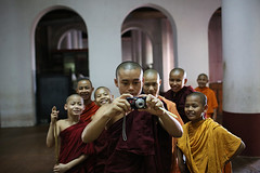 Monks and camera - Mawlamyine, Myanmar (Maciej Dakowicz) Tags: camera photo burma buddhist monk monastery myanmar novice mawlamyaing mawlamyine