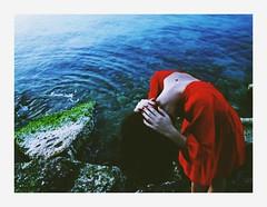 Olta (L'instant c'est moi) Tags: ocean girl skinny seaside bluesky creepy bones conceptual reddress