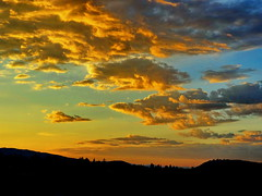 Good Morning! (peggyhr) Tags: blue canada mountains vancouver clouds sunrise golden bc silhouettes thegalaxy peggyhr thegalaxyhalloffame super~sixstage2silver super~sixstage3gold super~sixbronzestage1 dsc05498a