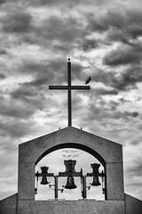 146_2016_5934 (Jos Martn-Serrano) Tags: proyecto proyecto366 proyecto365 365 366 blancoynegro bn nubes campanario cigeas
