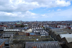 Dublin (hannah_bergmann) Tags: ocean city travel ireland boy sky people dublin girl beautiful beauty skyscape landscape reisen nikon cityscape irland cliffs atlantic human traveling cliffsofmoher landschaft moher waterscape klippen nikond60 enniston