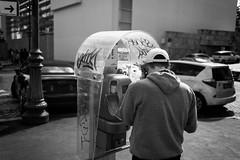 old style wins (*magma*) Tags: street boy call strada phone telephone telefono ragazzo pubblico