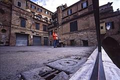 """ Painters with hat "" (pigianca) Tags: analog dia streetphoto siena painters urbanphoto leicam6 agfa100 voigtlanderheliar15mmf45iii"