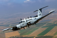 """""""It's good to be the king"""" (Squadron motto) King Air B200 Tzufit from the The Kings of the Air Squadron. (xnir) Tags: israel israeliairforce iaf aviation idf air force aircraft outdoor defence   israelairforce flight"""