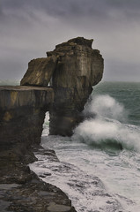 Pulpit Rock in colour (Neil W2011) Tags: sea colour coast nikon waves dorset pulpitrock d7000