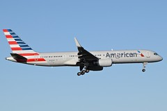 American Airlines / N936UW / Boeing 757 / EHAM 06 /  (RVA Aviation Photography (Robin Van Acker)) Tags: amsterdam airplane photography airport outdoor aircraft air jet planes vehicle airlines schiphol airliner jumbo trafic jetliner avgeek