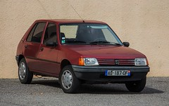 AG-187-QF (Nivek.Old.Gold) Tags: peugeot 205 5door