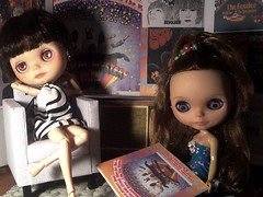 Creative Tabletop Photography: June Toys Theme & Toy-in-the-Frame Thursday & Blythe-a-Day May#17 Fool on the Hill: Nylah & Cynthia Relax