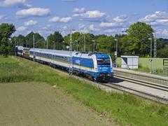 ALEX (Por la va del tren) Tags: railroad alex train germany munich mnchen tren deutschland railway alemania bahn pulling ferrocarril 183