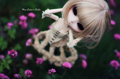 Too much input (pure_embers) Tags: life uk dahlia flowers black mannequin girl dark model eyes doll dolls gothic stop pullip pure immortal eternal embers pureembers embersdahlia