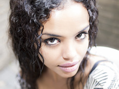 Intensit (MomoFotografi) Tags: leica portrait girl beautiful eyes lips