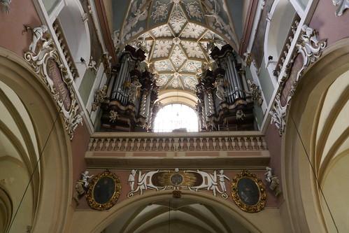 Prospekt organowy (1722-24, Klahr Starszy) w kościele Wniebowzięcia NMP w Kłodzku