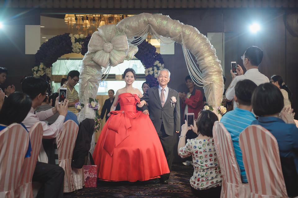 婚禮攝影-台南情定婚宴城堡永康館-41