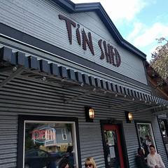 #breakfast #brunch #restaurant #Portland #tin #galvanized #metal #siding #industrial (Heath & the B.L.T. boys) Tags: sign metal architecture oregon silver portland awning restaurant wallsconce instagram