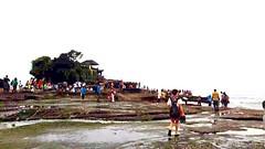 PuraTanahLot Tanahlot, Bali, Indonesia Bali, Indonesia Ocean Throwback (isabell_8901) Tags: ocean bali indonesia throwback tanahlot puratanahlot