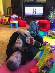 Babysitting Samuel Ichigo and Iris Luna (lezumbalaberenjena) Tags: samuel ichigo irisluna iris luna